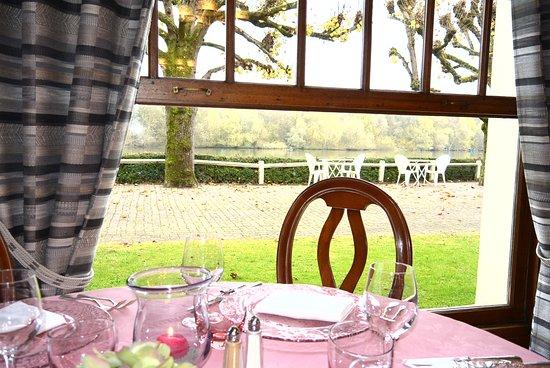 Gouvieux, Frankreich: le restaurant intérieur