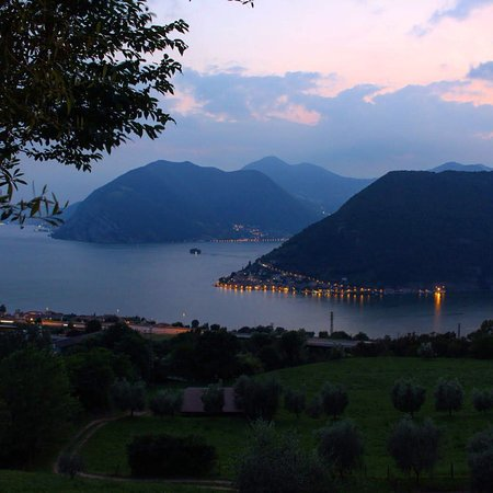 Sale Marasino, Italy: photo4.jpg