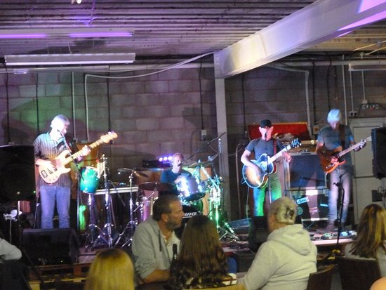 Bishops Lydeard, UK: Live Music at the Quantock Brewery