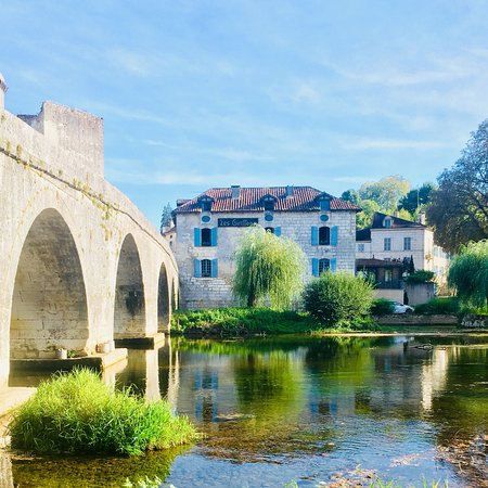 Bourdeilles, France: photo1.jpg
