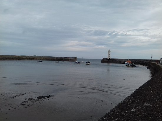 Donaghadee, UK: The harbour and Light house