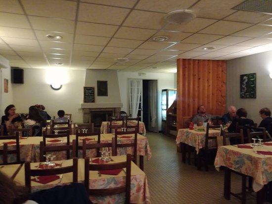 Chateauneuf du Faou, Prancis: Tipica trattoria