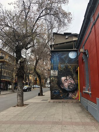 Santiago, Chile: Incredible airbrush mural