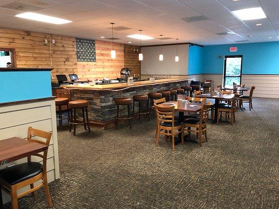 Forest, VA: Dine in