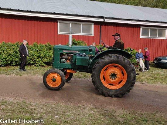 Finspang, สวีเดน: Äldre traktor, Bolinder-Munktell