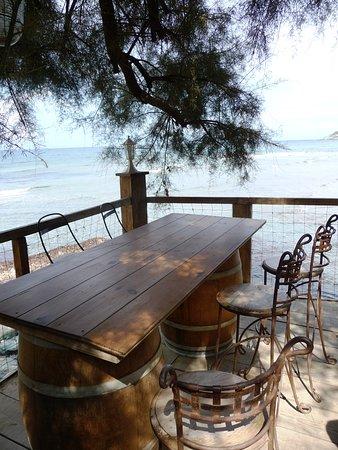restaurant avec terrasse ouverte Photo de Paillote les