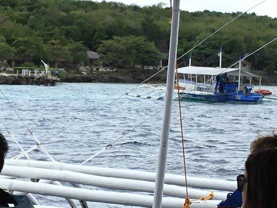Bluewater Sumilon Island Resort: 「スミロン ブルーウォーター アイランド リゾート」移動