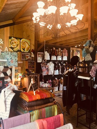 Gordonton, Новая Зеландия: Our beautiful alpaca shop