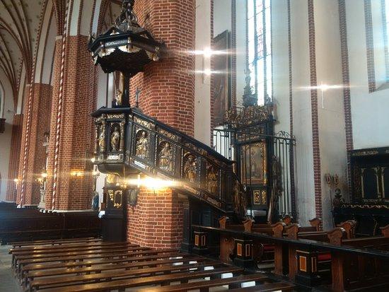Bazylika konkatedralna Swietej Trojcy w Chełmzy