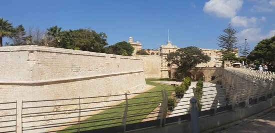 Mdina Old City: 20180916_144515_large.jpg