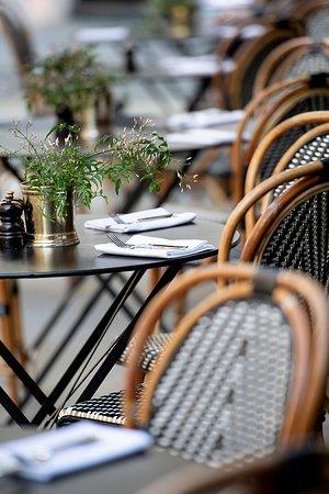 108 Brasserie outside view