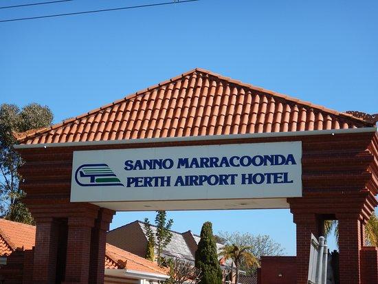 Redcliffe, Australie: Legian Restaurant @ Marracoonda Hotel