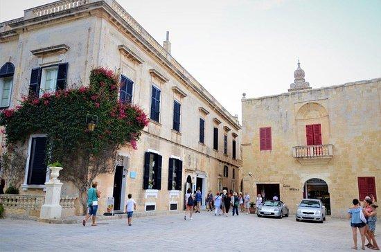 Mdina Old City: a square inside Mdina
