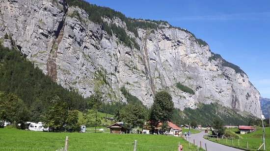 Trummelbach Gletscherwasserfalle - this is not an official place to visit