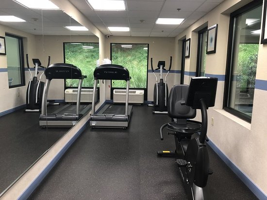 Holiday Inn Express Hotel & Suites West Chester: Health club