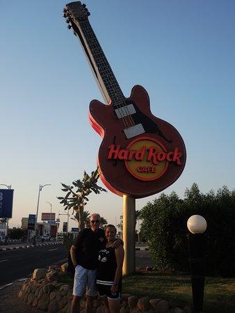 Hard Rock Cafe Nabq: esterno del locale di pomeriggio