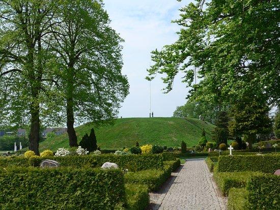 写真Jelling Mounds, Runic Stones and Church枚