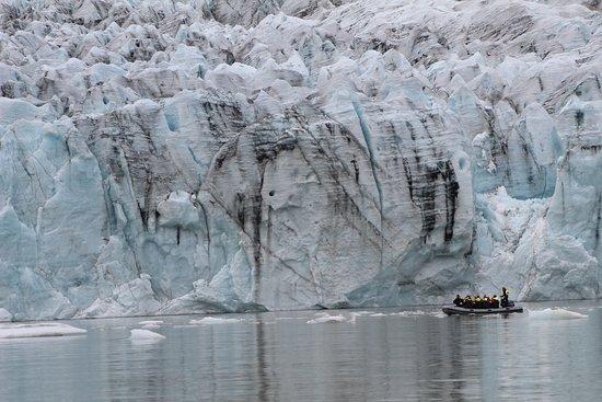 Fjallsarlon Iceberg Lagoon Boat Tour照片
