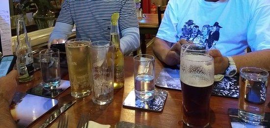 Yetholm, UK: Beers!
