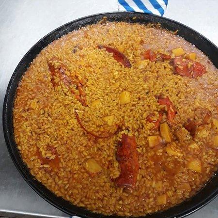 San Fernando de Henares, Španělsko: Paella y arroz con bogavante por encargo,minimo 2 personas!!!👩🍳🥘🔝🔝🔝