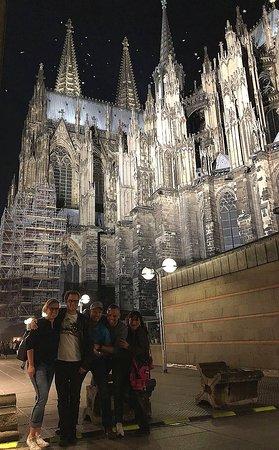 Kölner Dom: Seitenansicht