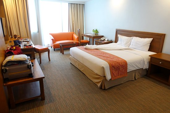Tai-Pan Hotel: Superior room