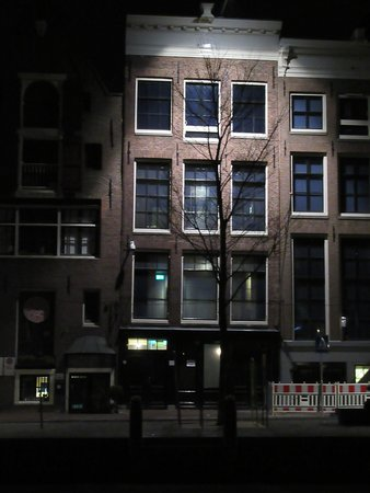 Anne Frank House: The office at night time....benefits from the lack of grinning tourists!