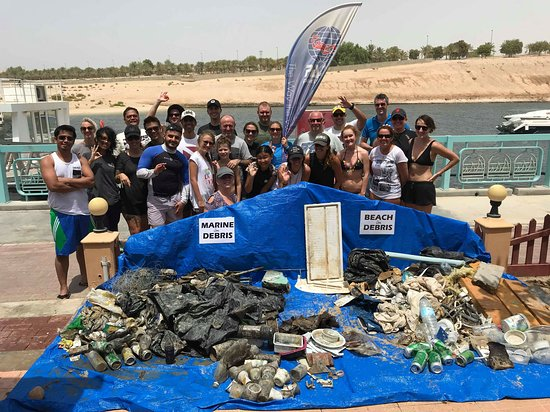Ghantoot, United Arab Emirates: Project AWARE - Dive Against Debris