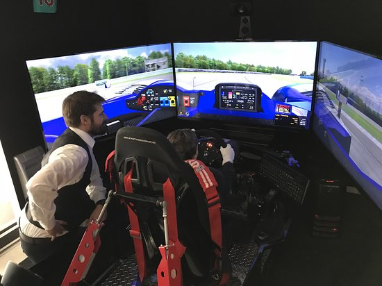 Fly & Race Simulations GmbH