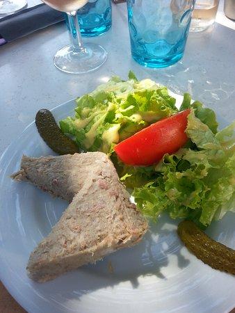 Reillanne, France: Rillettes, Salad & Cornichons