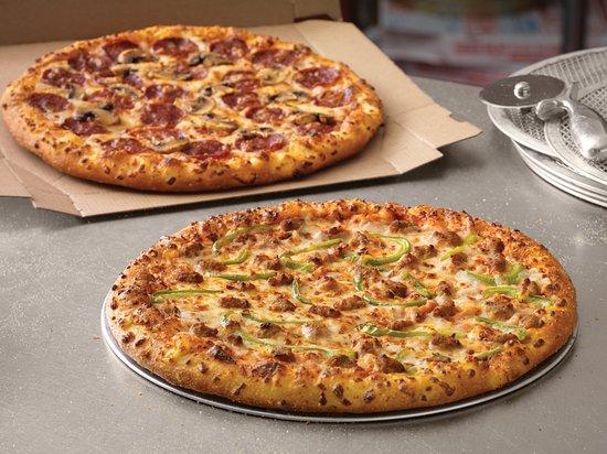 Ruwi, โอมาน: Yummy fresh made to order pizza. The best in Oman