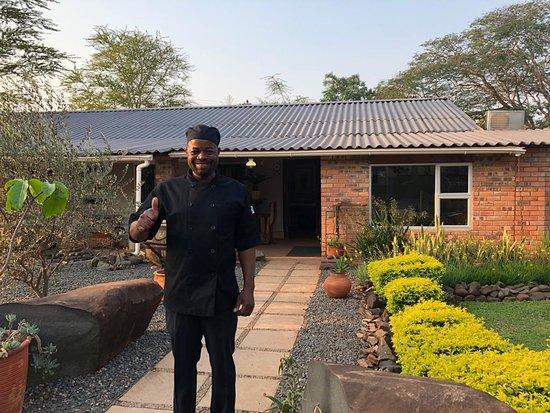 Mkuze, Sør-Afrika: Our chef Morris
