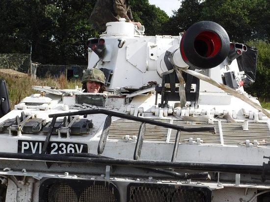 Auchterhouse, UK: self propelled gun