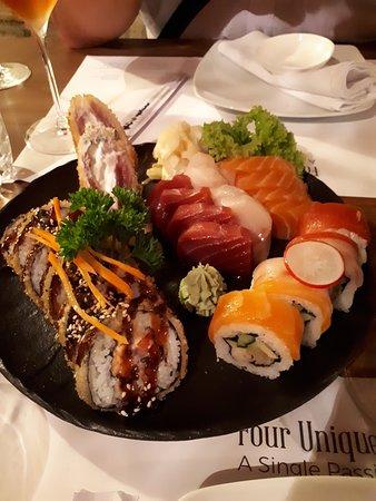 Oyster & Sushi Bar Bota: Sushi platte