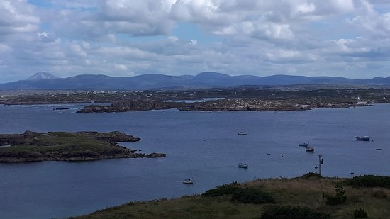 Arranmore, Irlanda: The View from the front of the B&B