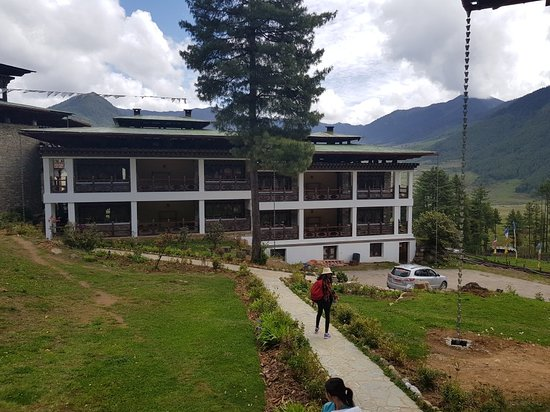 Phobjikha Valley, بوتان: 20180516_102908_large.jpg
