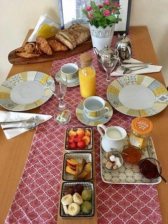 Le Caylar, Γαλλία: petit déjeuner