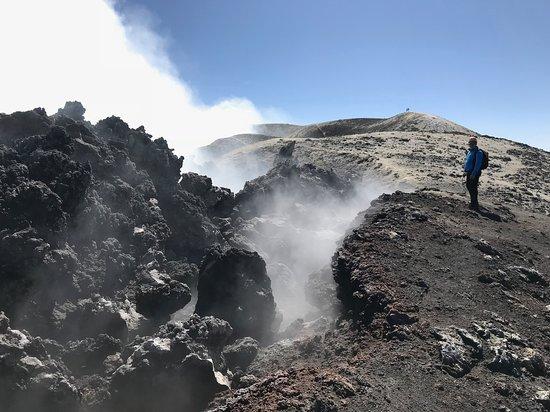 Viagrande, Ιταλία: Bocca Nuova crater