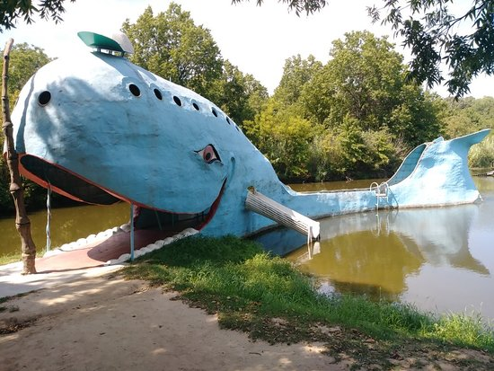 Blue Whale of Catoosa: 20180901_144707_large.jpg