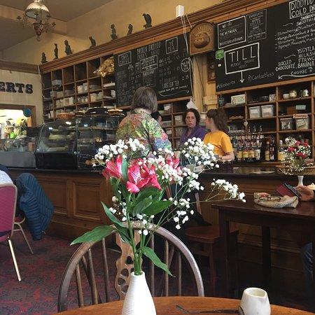 T H Roberts Coffee Shop : photo0.jpg