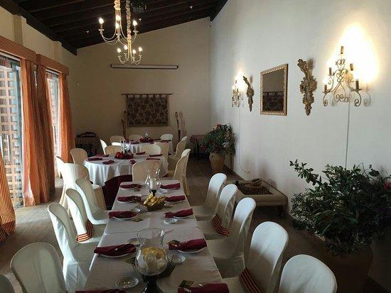 Villamanrique de la Condesa, Espanha: Comedor interior