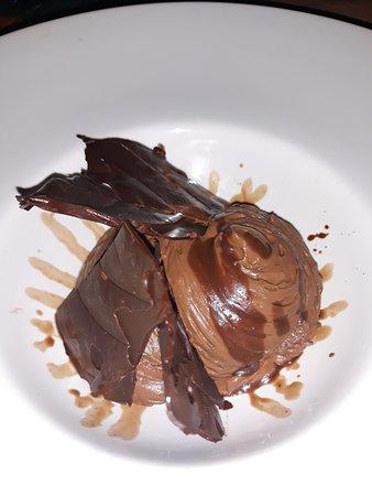 Le Precheur, Martinique: Mousse chocolat au siphon tuiles chocolat et biscuit chocolat.