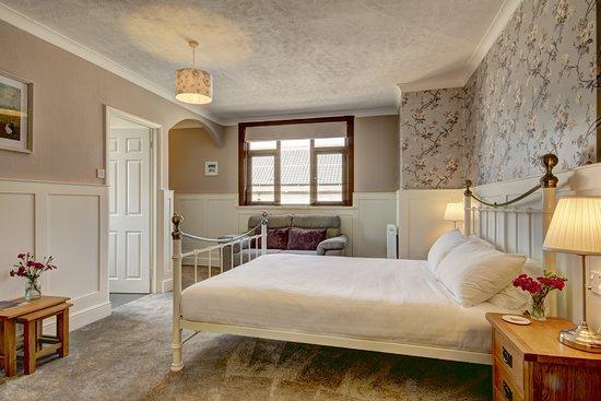 Wheddon Cross, UK: Coleridge - Superior Kingsize Room with Ensuite Bath/Shower Room