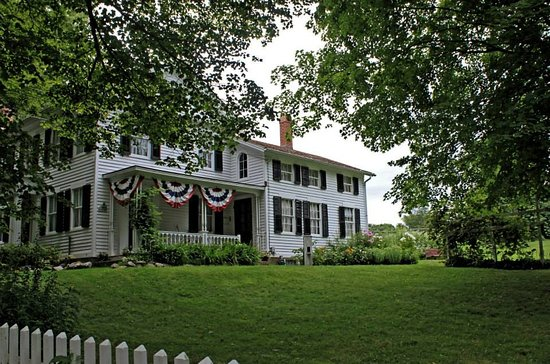 This regal 17-room Greek Revival home was home to the North Guilford Dudley's from 1844-1991.
