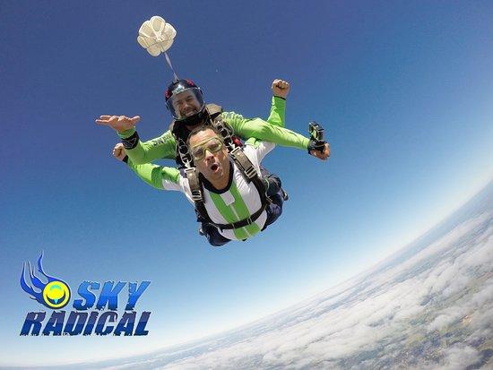 SkyRadical Paraquedismo