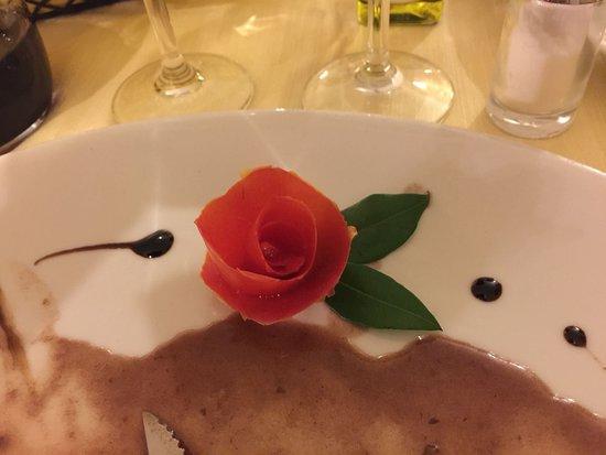 Ristorante Da Paolo: Nice decoration on the puddings
