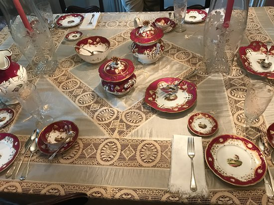Captain Bangs Hallet House Museum: Ivory and Lace Tablecloth