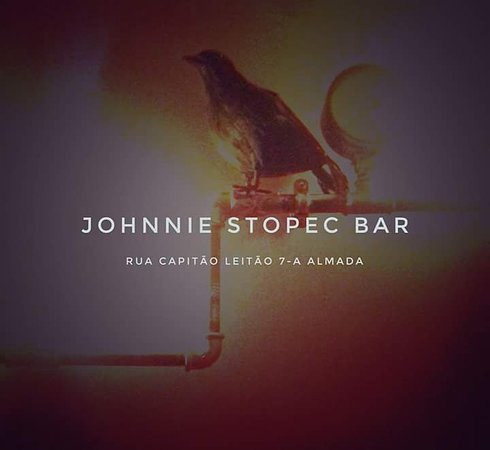 Almada, البرتغال: Johnnie Stopec Bar 