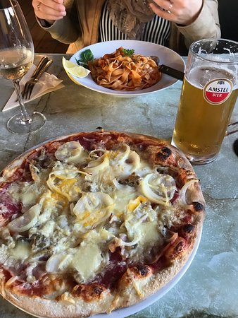 Buren, The Netherlands: Pizza