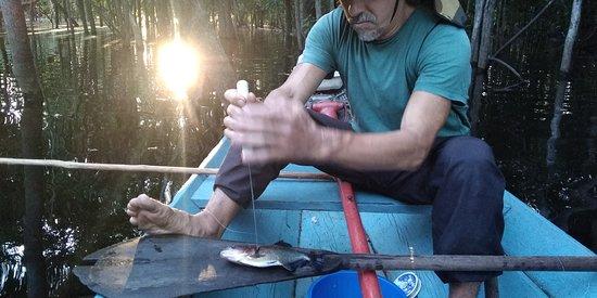 Careiro, AM: Pêche au piranha avec Ricardo